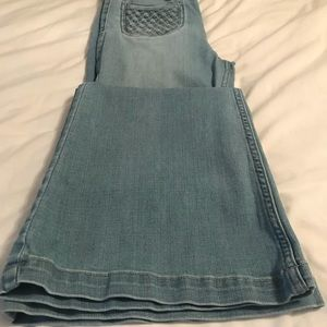 A&F size 4 high rise wide leg jeans